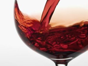 What Are the Health Benefits of Blackberry Wine?