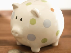 The Advantages of a Piggy Bank