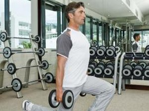 How to Do Bicep Curls With Lunges
