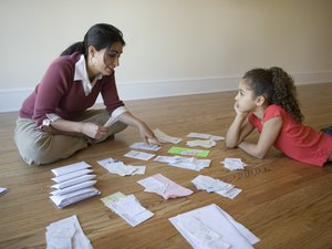 How do I Set Up a Family Household Budget?