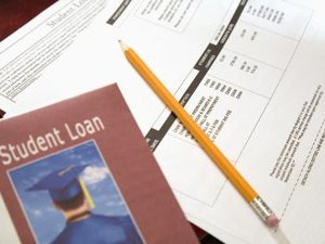 What Is the Difference Between a Defaulted Student Loan & a Delinquent Student Loan?
