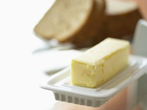 The Carbohydrates of Butter Per Ounce