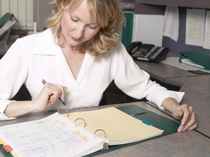 The Best Ways to Organize Receipts & Bill Paying