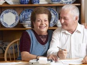 How to Get Retirement Benefits for a Non-Working Spouse