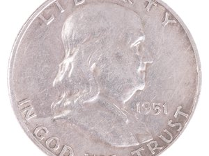 What Are the Dangers of Silver Investment?