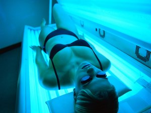 How to Ace a Tanning Salon Job Interview