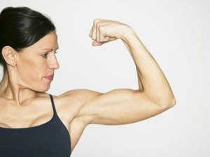 Strengthening the Arms With Dips