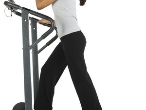 Can Incline Treadmill Walking Strengthen Gluteus Muscles?