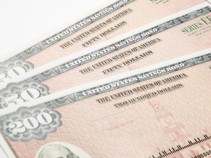 How to Decide Which Savings Bonds to Sell