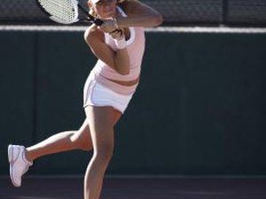 What Is a Female Tennis Player Workout?