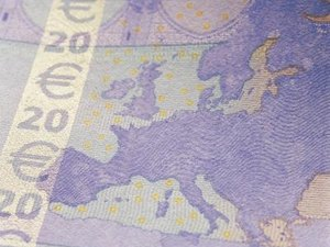 What Are the Denominations of the Euro in Paper & Coins?