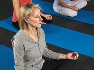 Beginners' Steps to Lose Weight With Yoga