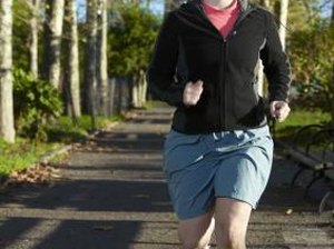 How to Lose 20 Pounds by Walking & Jogging in Three Months