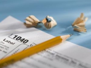 Tax Deduction for Pre-Retirement CSRS Contributions