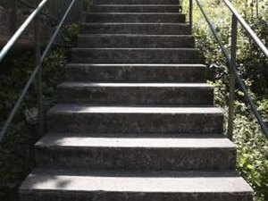 Stair Climbing to Trim Fat Off the Hips
