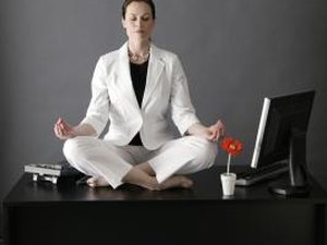 The Best Yoga Poses for Office Workers