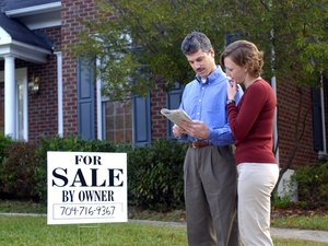 How to Sell a Home After the Realtor's Contract Expires