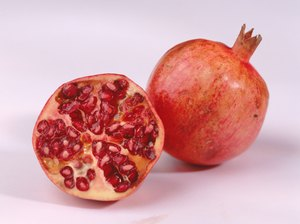 The Benefits of Pomegranate Juice