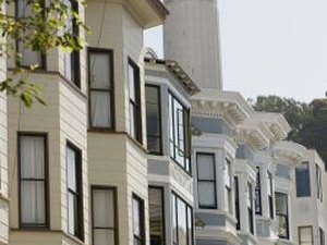 Advantages & Disadvantages of Townhouses vs. Single-Family Homes