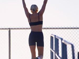 What Is the Difference Between Running Stadium Stairs & Running an Inclined Treadmill?