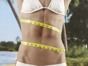 How to Get a Flat Stomach If You Are a Size Two