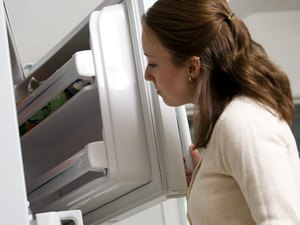 Can Frozen Food Thawed & Refrozen Cause Food Poisoning?