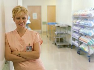 Salaries & Benefits of Traveling Nurses