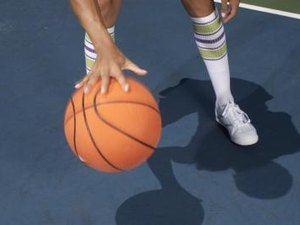 How to Become Ambidextrous in Basketball