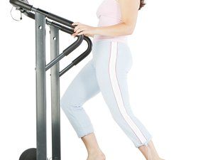 How to Get Over the Wall When Losing Weight on a Treadmill