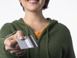 Credit Card Usage & Debt Among College Students
