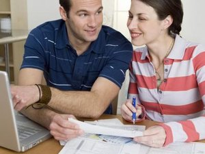 Does Filling Taxes Jointly Affect Credit Score?
