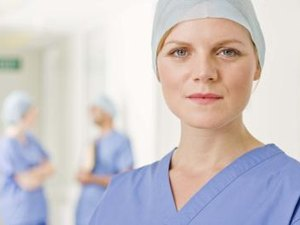 Qualifications for a Plastic Surgeon