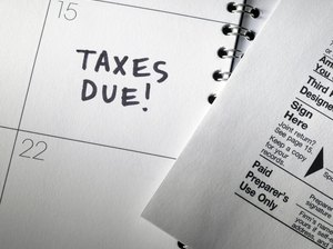 How to File Separate Income Taxes When Married