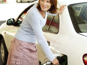 Tips to Save Money at the Gas Pump