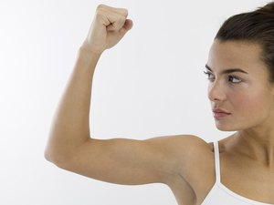 Strengthening Female Arm Muscles Without Weights
