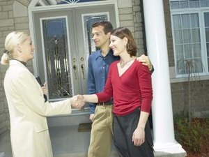 What Does a Bank Consider in an Appraisal for a Mortgage?