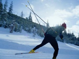 Skate Ski Pole Lengths Vs. Skier Height