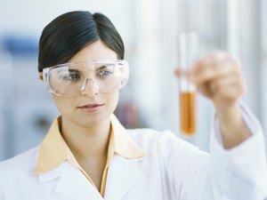 Careers With an Associate's Degree in Biology
