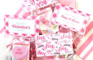 [Article Image] - DIY Valentine's Day Treat Bags