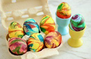 [Article Image] - How to Create Swirled Easter Eggs