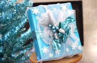 [Article Image] - Frozen-Inspired Gift Wrap