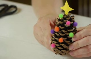 [Article Image] - Different Ways for Children to Decorate a Pine Cone