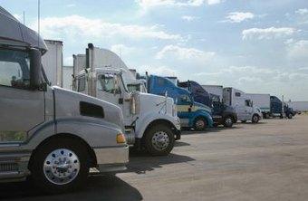 How Much Do Heavy Truck Mechanics Get Paid? | Chron.com
