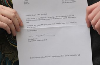 How to Address a Person with Multiple Titles in a Business Letter ...