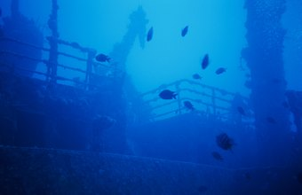The investigation of an underwater shipwreck is a delicate task.