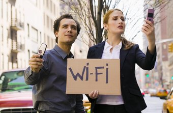 Verizon iPhones rely on Wi-Fi for simultaneous voice and Internet use.