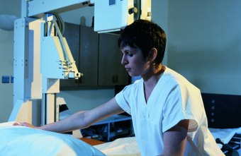 There is significant overlap in the training of X-ray technologists and registered nurses.