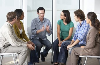 Some professionally licensed counselors work in group settings at times.
