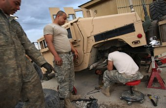 Military mechanics are paid based on rank and years of service.