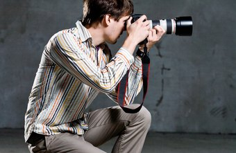 Photographers must operate to make a profit to claim business expenses.